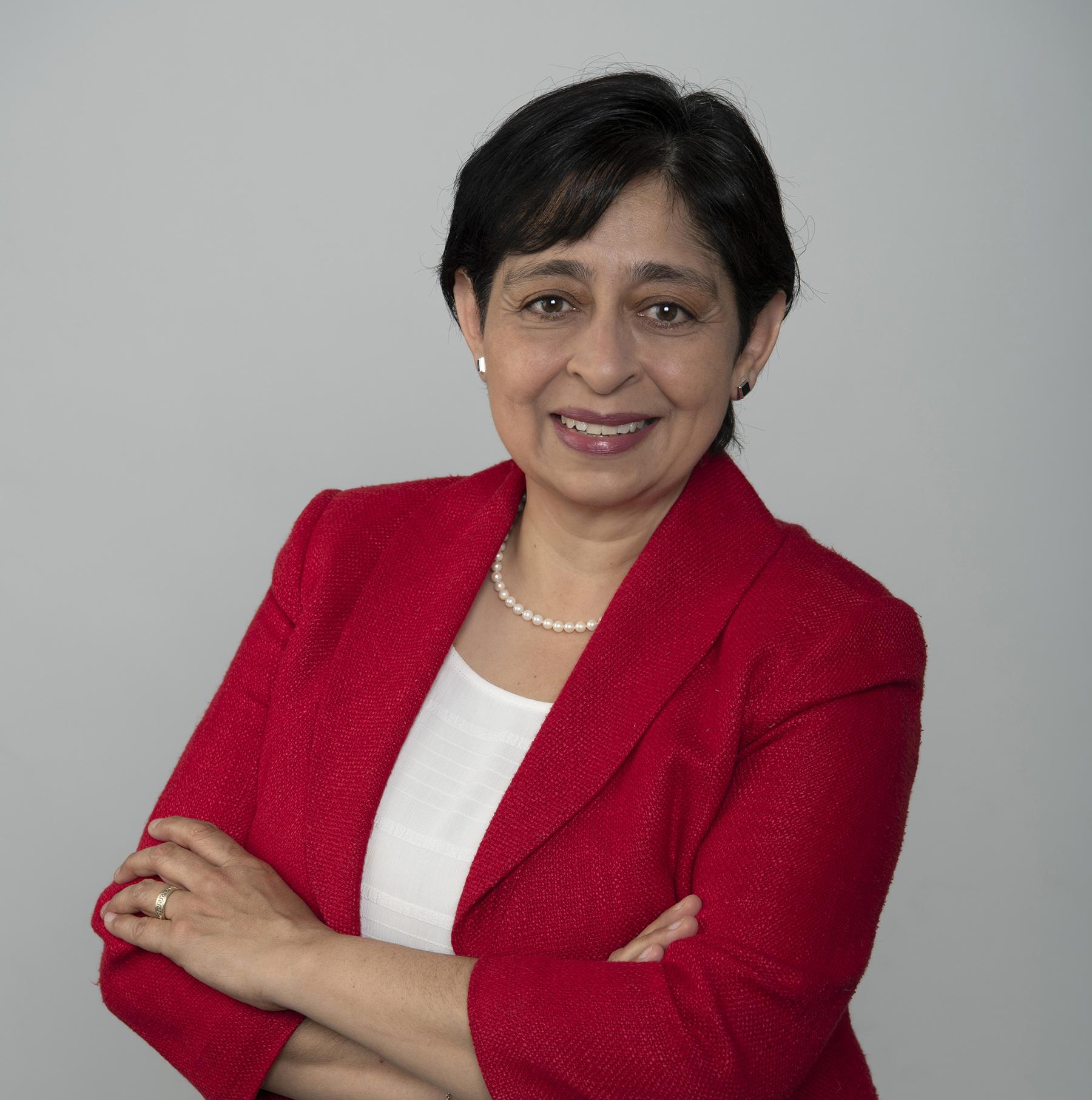 Elena MacGregor